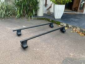 Thule roof racks (1,25m)