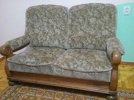 Продам мягкий гарнитур из 4-х элем.(2 дивана + 2 кресла)