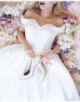 Продам элегантное свадебное платье в отличном состоянии ТОРГ