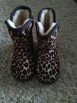 Леопардові угги