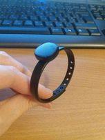 Samsung Charm фитнес-браслет