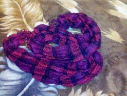 Продаю шарфы , цена договорная