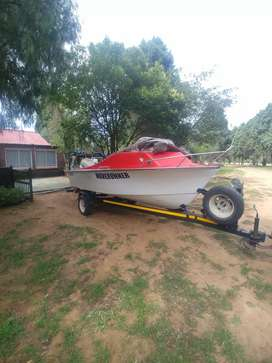 Boat for sale yahoo with johnson 115v4 motor very strong