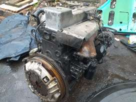 ORIGINAL NISSAN UD 40 ENGINE DIFF AN GEARBOX AVAILABLE R45000