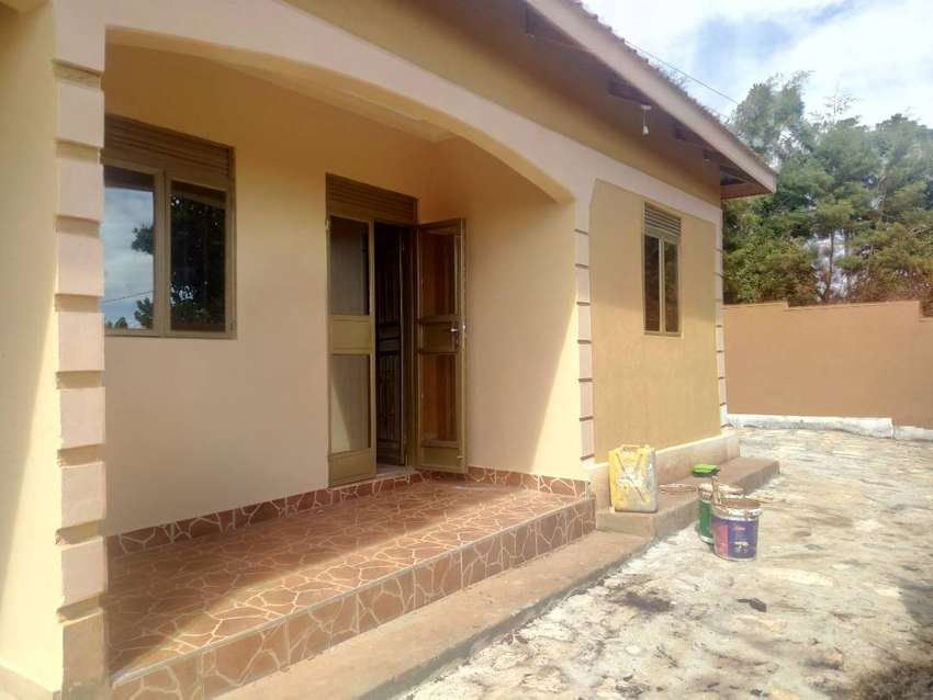 New captivating self contained house for rent at a price of 350,000/= 0