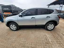 Nissan.Qashqai vision 1.6 in excellent driving condition.