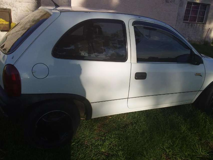 I WANT A CORSA LITE URGENTLY  AT AMOUNT OF R20000 CASH NO STORIES 0