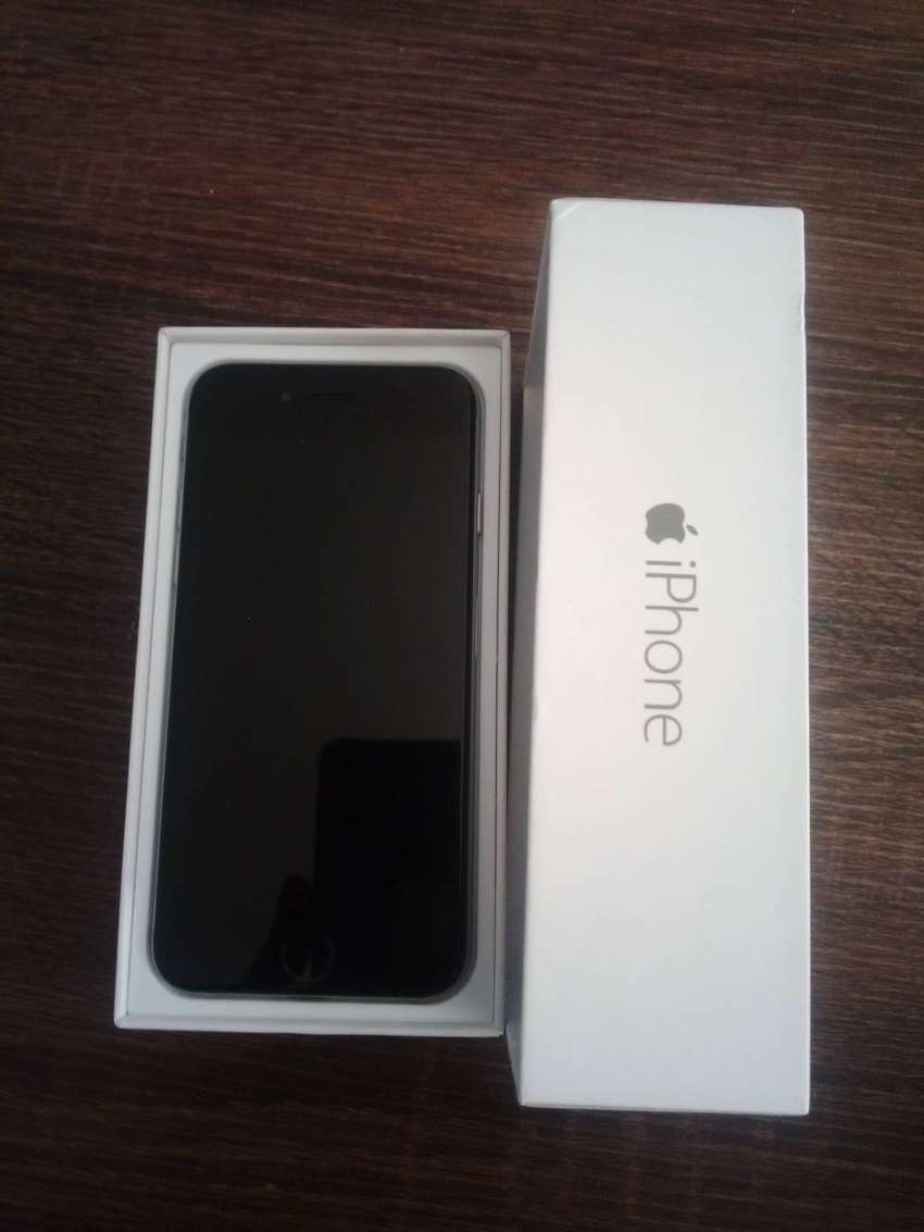 Almost brand new iPhone 6  128Gig 0