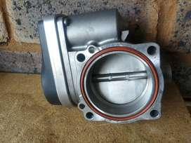 For sale bmw e90 320i throttle housing