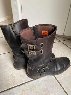 Genuine Harley Davidson leather boots