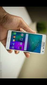 Image of Am selling Samsung Galaxy A5