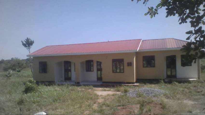 A house for rent at Lalya John Paul memorial College 0
