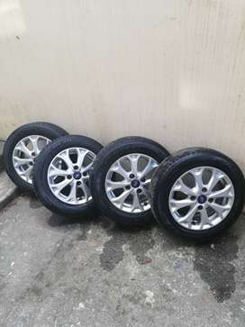 Origional Ford figo wheels and tyres