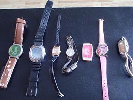 коллекция женских ручных часов.