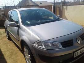 Megane 2006 manual transmission, button start, two doors
