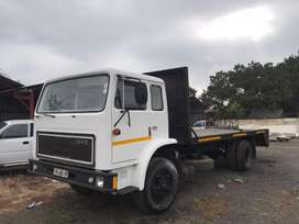 International 1800 8 ton with ADE 352 engine and Mercedes gearbox.