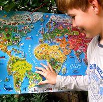 Магнитная карта мира от Janod на русском языке