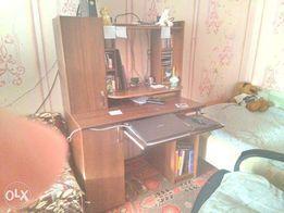 комп. стол(обмен на PS 3 с моей доплатой) или продам