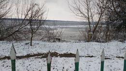 Дача у воды. Дача на берегу Днепра. Участок с выходом на берег Днепра.