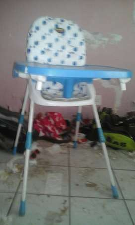baby feeding chair and car seat