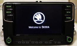 Штатная магнитола RCD 330 для SKODA ШКОДА Bluetooth