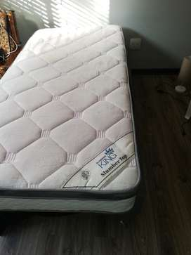 Single Bed Sets (2 available)