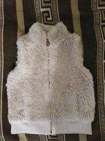 Тёплая меховая жилетка