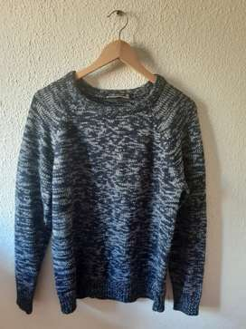 Pre-loved sweater for sale