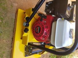MAC-AFRIC HS-90 Vibrating 90kg Plate Compactor