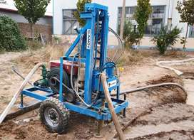 Borehole drilling machine