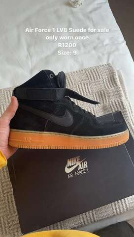 Nike Air Force High LV8 Suede (size: 9) only worn once!!!