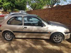 For sale manual 2001 Ford Fiesta