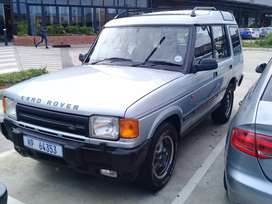 Land rover discovery 1998 model.