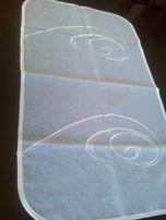 Bieżnik batyst biały haft 37x 64 ,serwetka 50x50