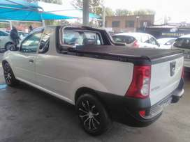 NISSAN NP200 VVTi SX MANUAL