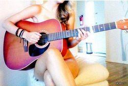 Уроки игры на гитаре. Профессионально, легко, результативно. English