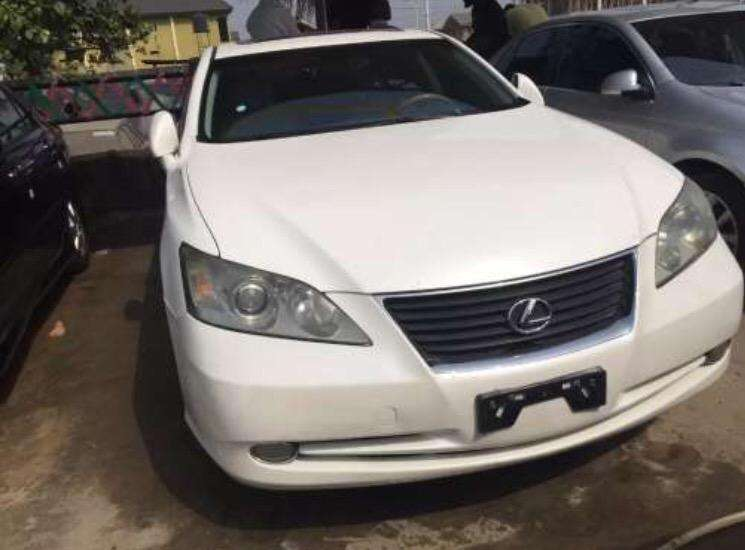 Barely 5months Used Lexus ES 350 for urgent sale! 0
