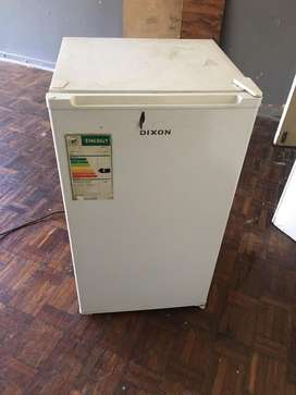 Dixon bar fridge
