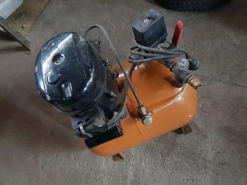 Kompresor 25L 0