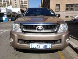Pre Owned 2009 Toyota Hilux 4.0 V6 A/T.
