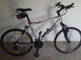 Trek 21spd mtb full accesories