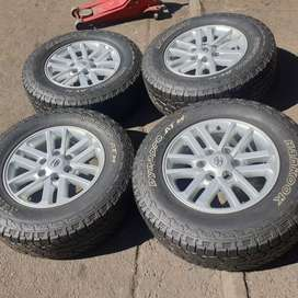 Hilux mags and tyres 17inches