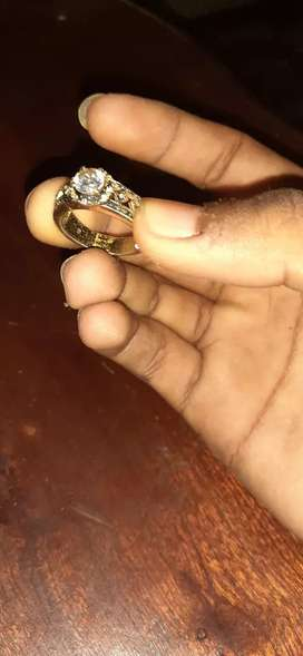 American swiss 9k diamond gold ring