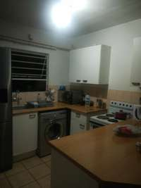 Image of 3 bedroom flat to share