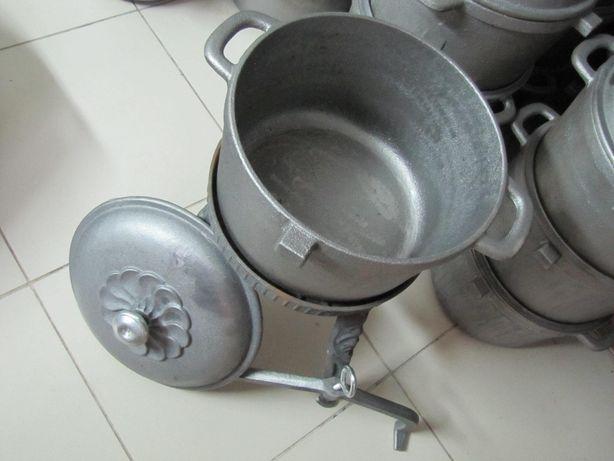 Kociołek żeliwny 10 litrowy Duży Garnek na stojaku zakręcany Rybnik - image 4
