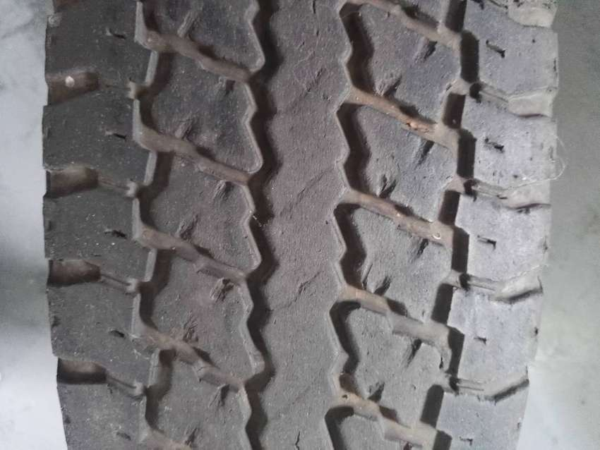 Continental World Contact 4*4 Tyre 205 R 16 C