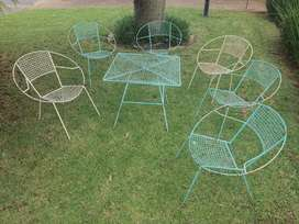 Vintage 6 Chair and Table Set Iron Mesh