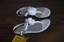 Sandałki dla dziewczynki 26