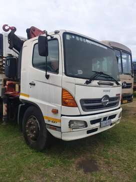 Toyota hino for sale with crane