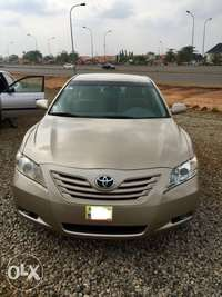Super clean Toyota Camry muscle 07 model full option 0